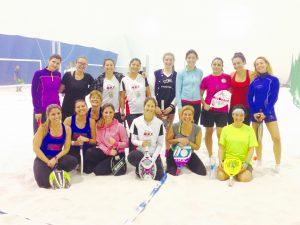 beach-tennis-femminile-beach-town-milano